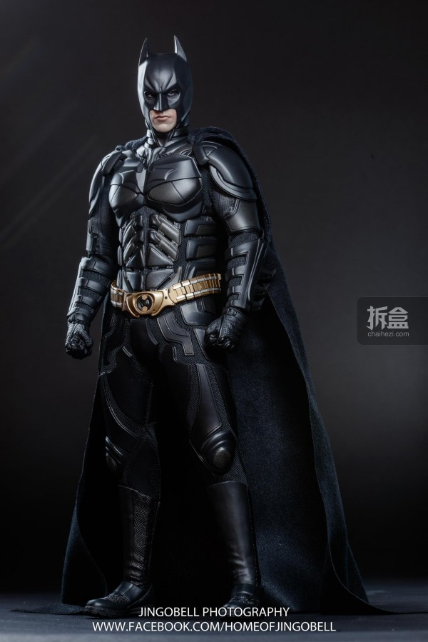 hottoys-batman-armony-Jingobell-016-600x899.jpg